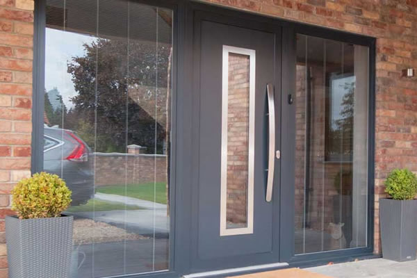 Looking for replacement front & back doors? Choose aluminium!